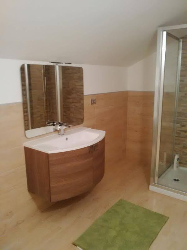 Bagno realizzato in mansarda - Altezza minima bagno ...